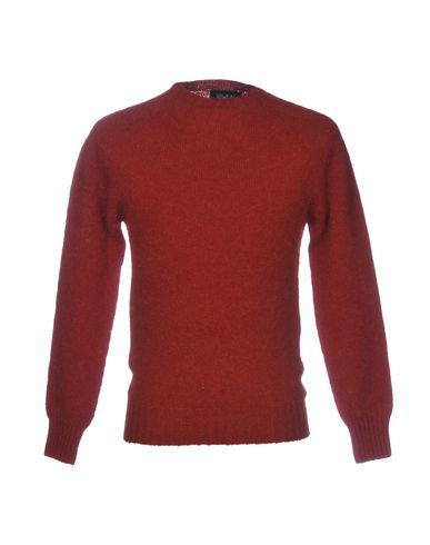Howlin' Sweater In Brick Red