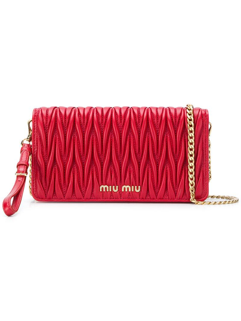 d7a09c9b989 Miu Miu Matelassé Shoulder Bag - Red