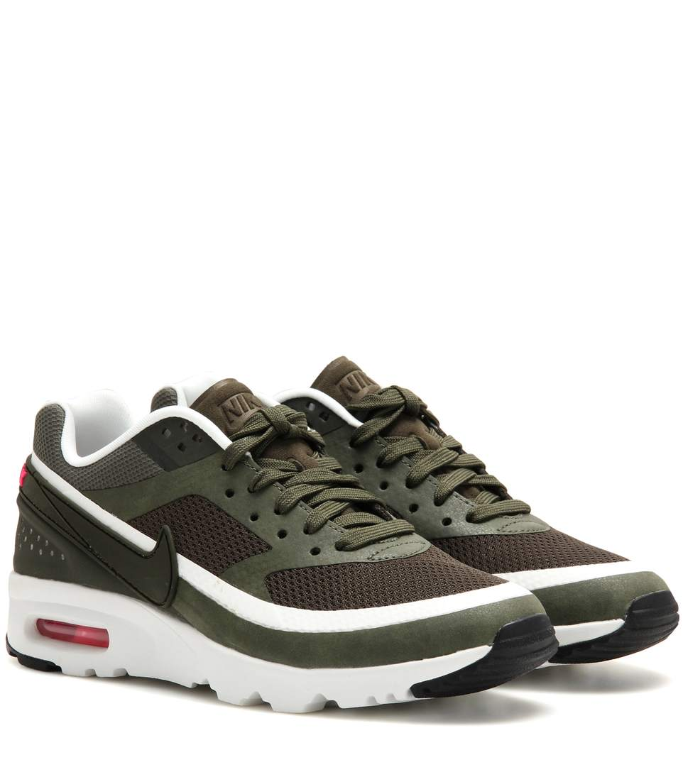 Air Max Bw Ultra Sneakers in Cargo Khaki