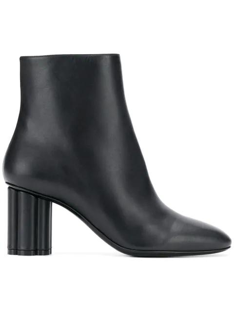 Salvatore Ferragamo Molfetta Leather Ankle Boots In Black