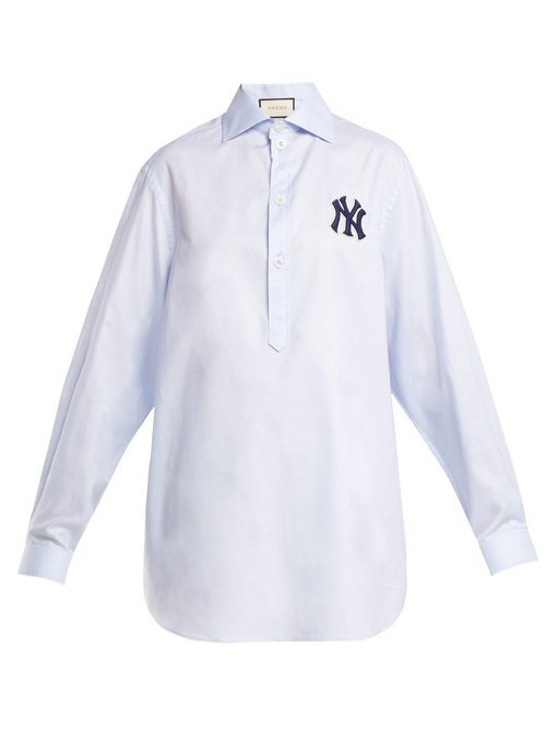 9a72ec31cb3 Gucci Women s Shirt With Ny Yankees Trade  Patch Light Blue