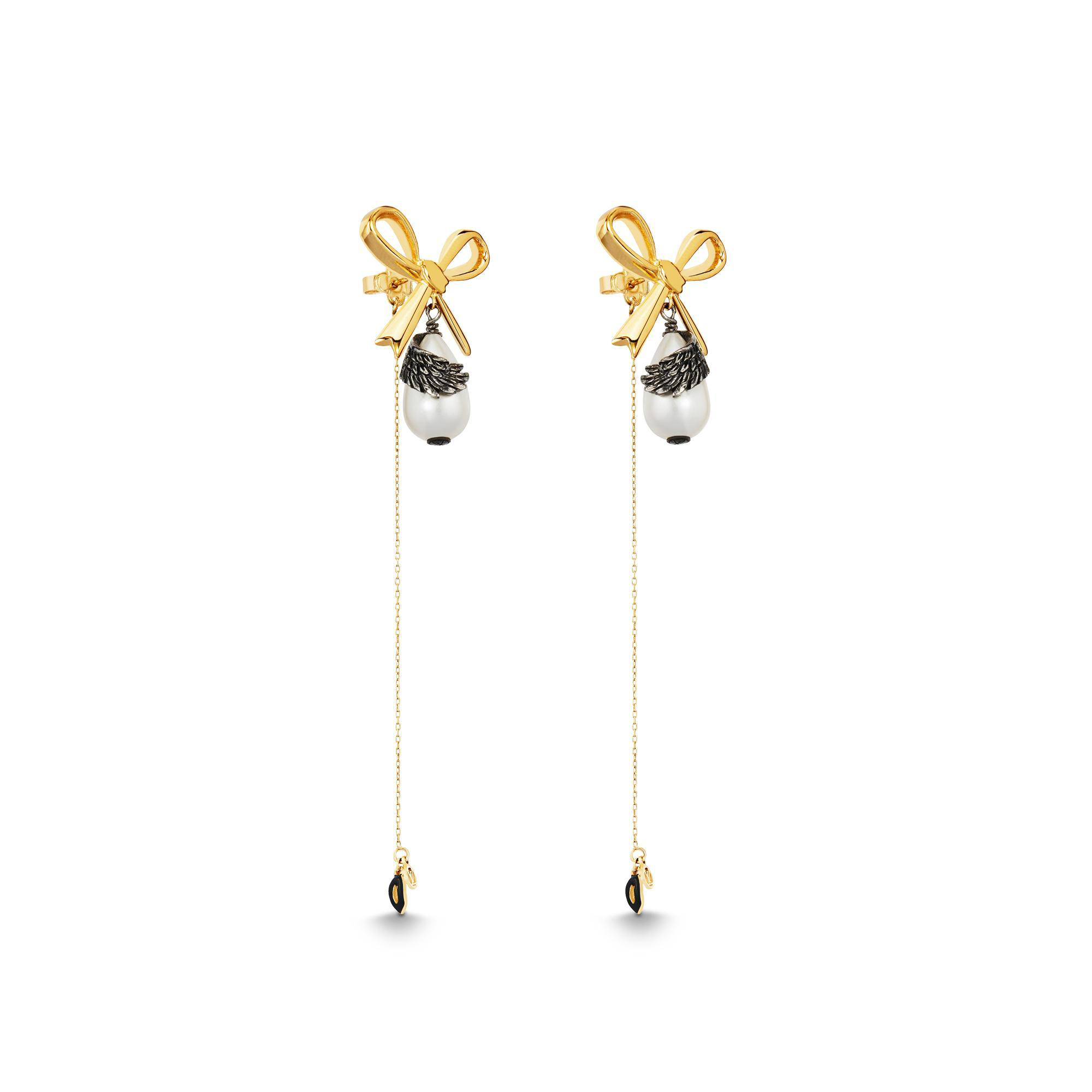379d1849b Louis Vuitton Lv Windsor Pearl Earrings Bow Gold | ModeSens