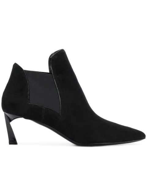 Lanvin Pointed Ankle Boots In Black