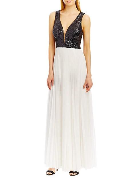 Nicole Miller Deep-v Accented A-line Pleated Gown In Black Royal