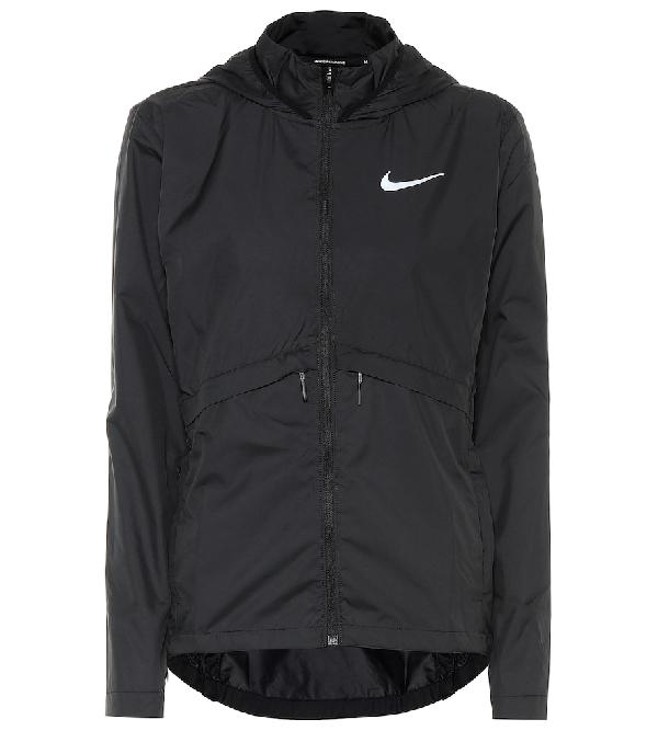 Nike Plus Size Essential Water-Repellent Hooded Running Jacket In Black
