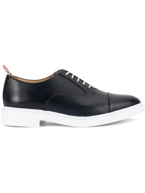 Thom Browne Contrast Sole Oxford Shoes - Black In 415 Navy