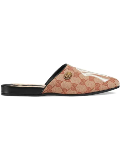 Gucci Ny Yankees&Trade; Canvas Slippers - Beige, Tan In 8366 Gg Beige