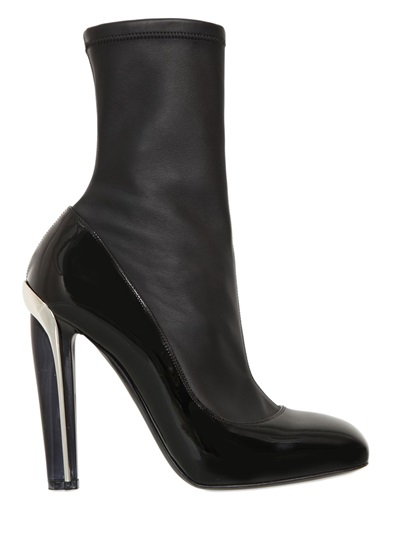 Alexander Mcqueen Stretch Leather & Patent Leather Lacquered-Heel Boots In Black
