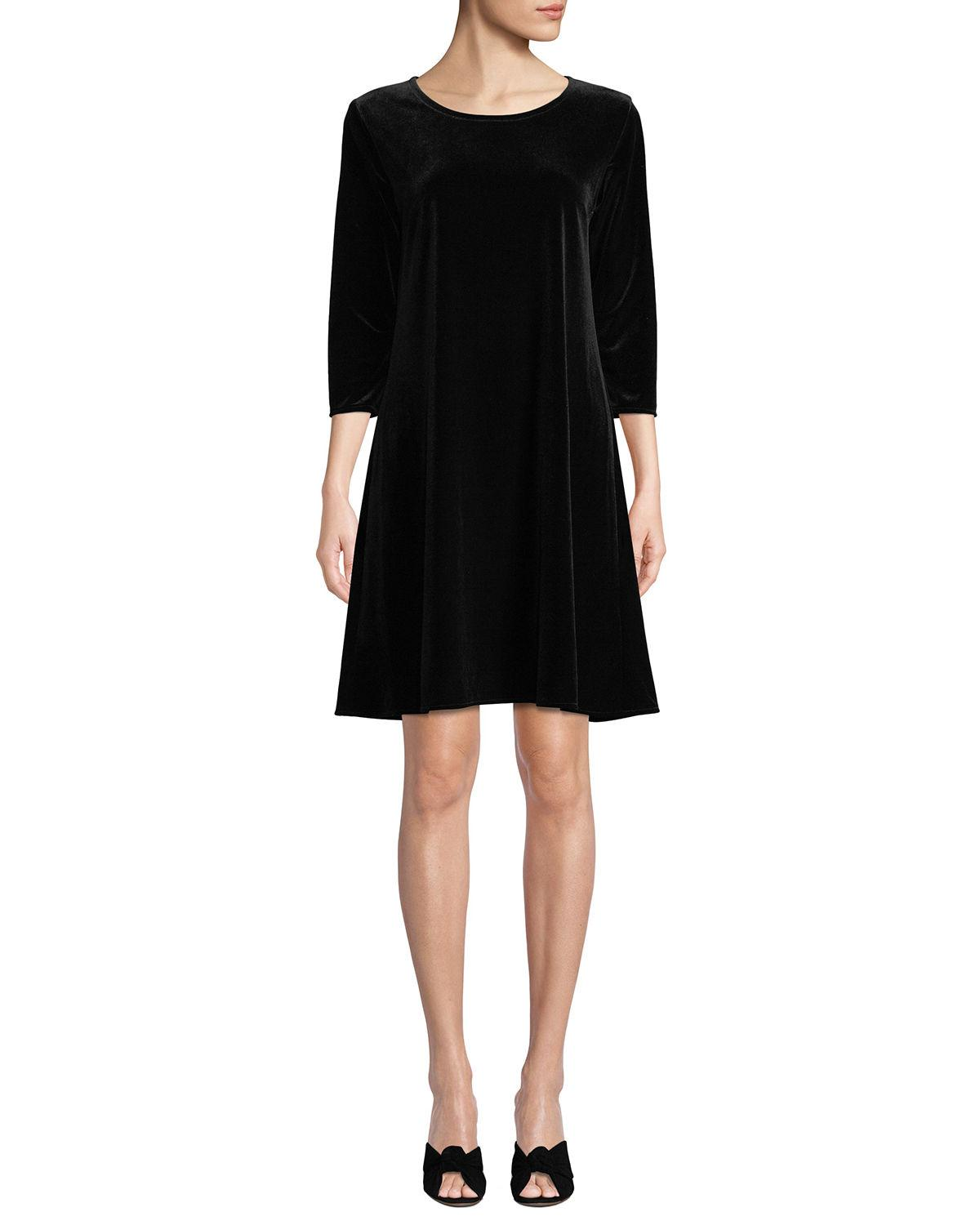 c18bf9b2221 EXCLUSIVELY AT NEIMAN MARCUS Caroline Rose dress in stretch-velvet. Round  neckline. 3 4 sleeves. A-line silhouette. Easy fit. Pullover style.