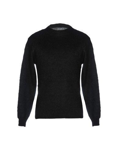 Vanquish Sweater In Black