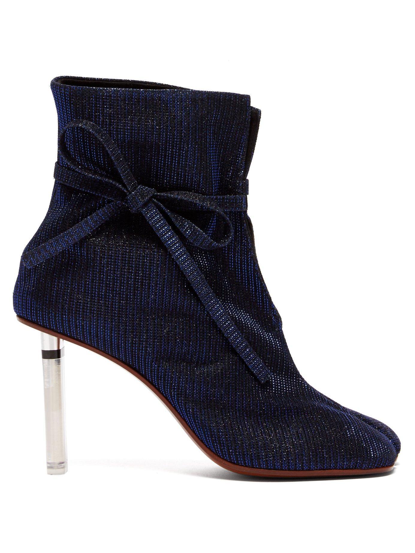 Vetements Geisha Split-Toe Lighter-Heel Ankle Boots In Navy