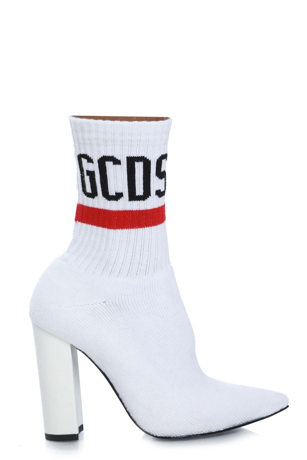 Gcds Fw19w010006 Pointy Logo Boots01 In Bianco