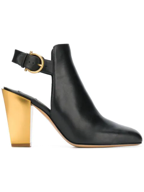 Salvatore Ferragamo Tovel Ankle Boots In Black