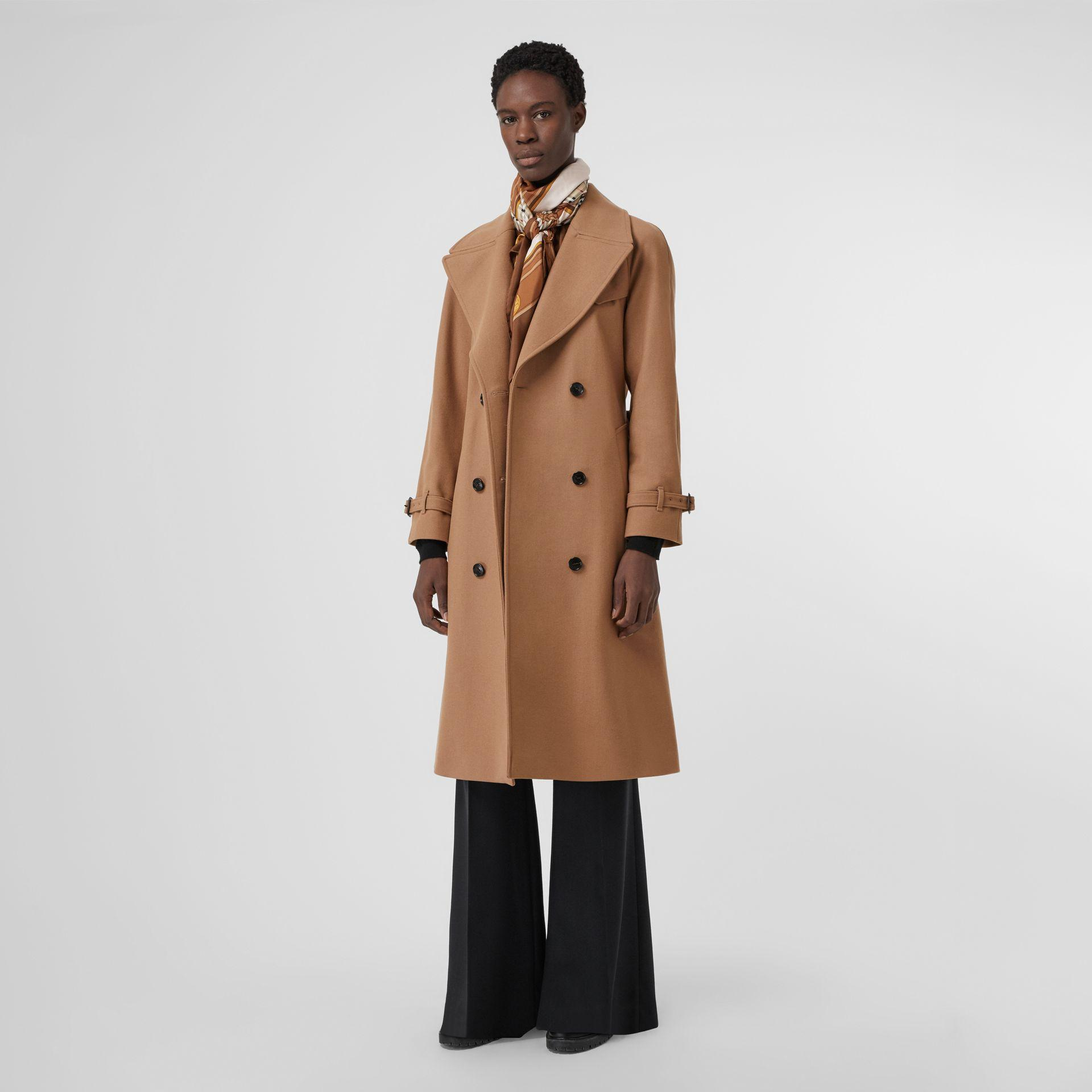 Burberry Herringbone Wool Cashmere Blend Trench Coat In Camel