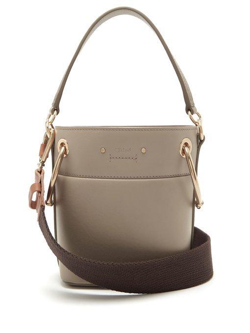 ChloÉ - Roy Mini Leather Bucket Bag - Womens - Grey