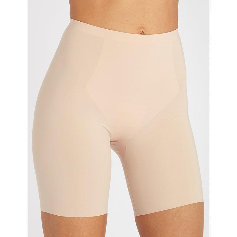 Spanx Thinstincts Mid-thigh Shorts In Nero