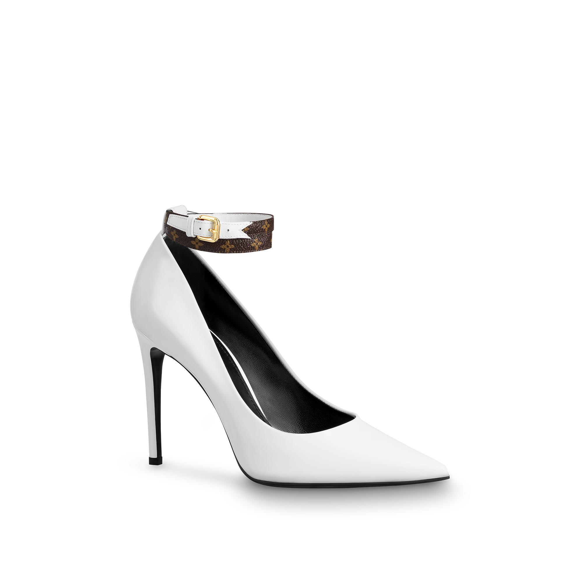da96efde48e7 Louis Vuitton Call Back Pump In White