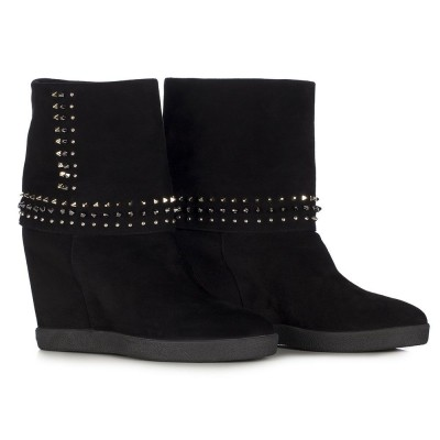 Le Silla Low Boot On Wedge In Powder, Black Suede Calfleather
