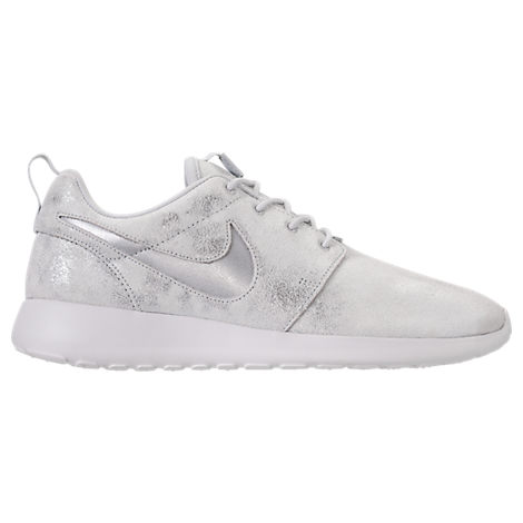 c90552365a7f9 Nike Women s Roshe One Premium Casual Shoes
