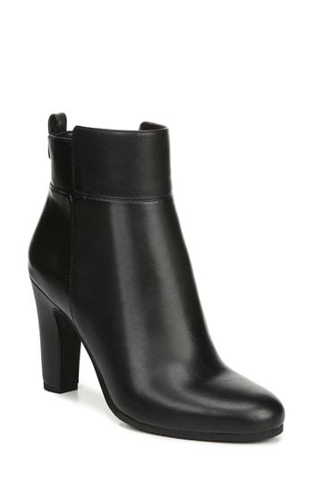 92a3159d7dff38 Sam Edelman Sianna Bootie In Black Leather