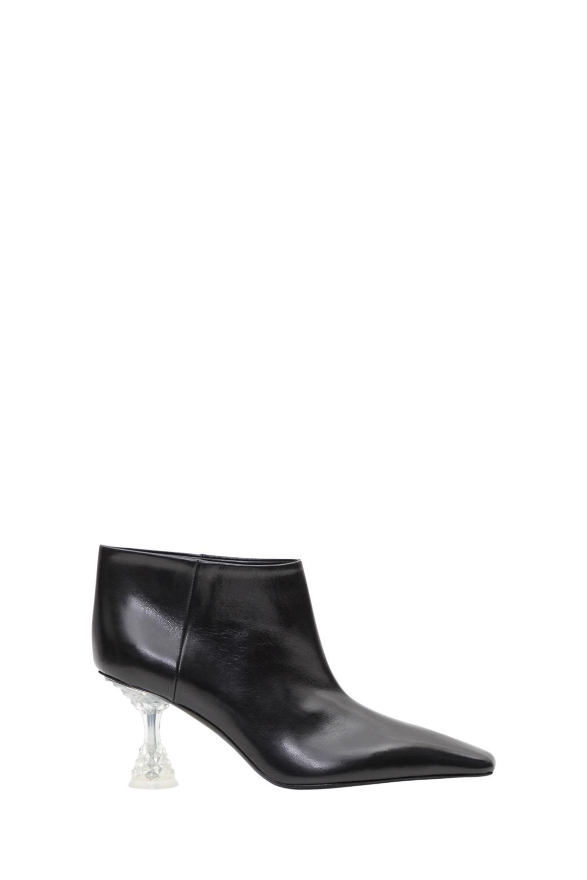 689abca2047c2 Celine Facetted Heel Low Boot In Nero | ModeSens