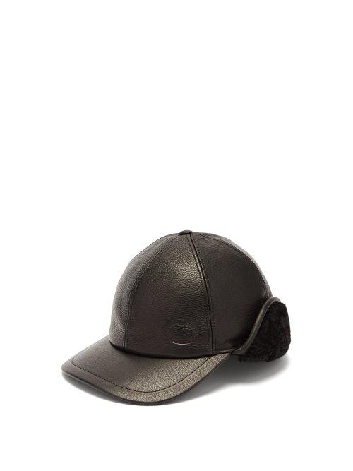 Burberry Explorer Leather Cap In Black
