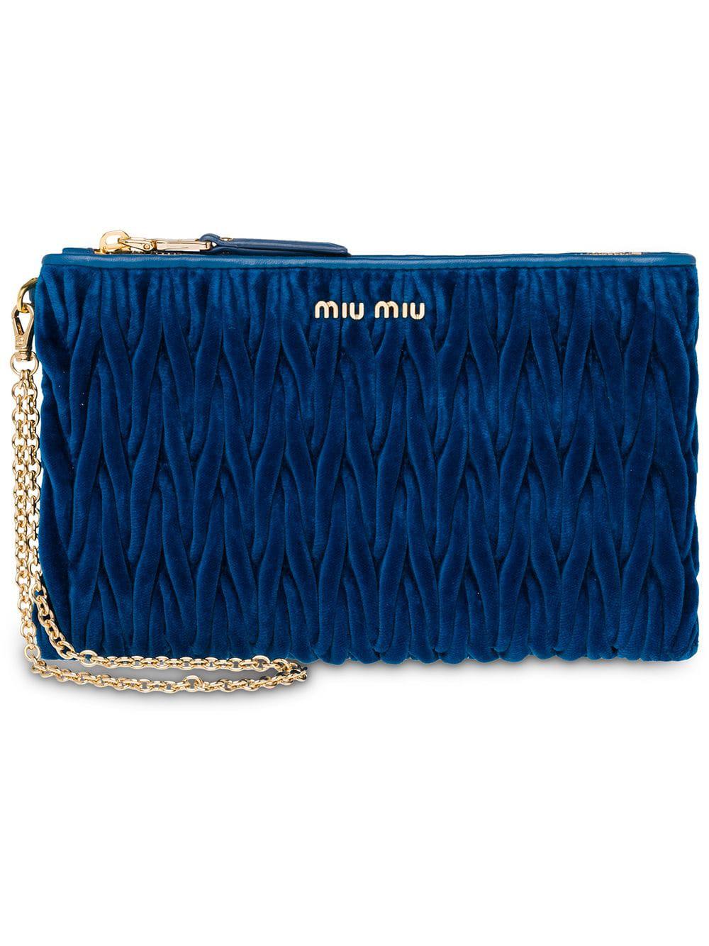 a6cdf3e5b8d1c Miu Miu Kosmetiktasche Aus Matelassé-Leder - Blau In Blue