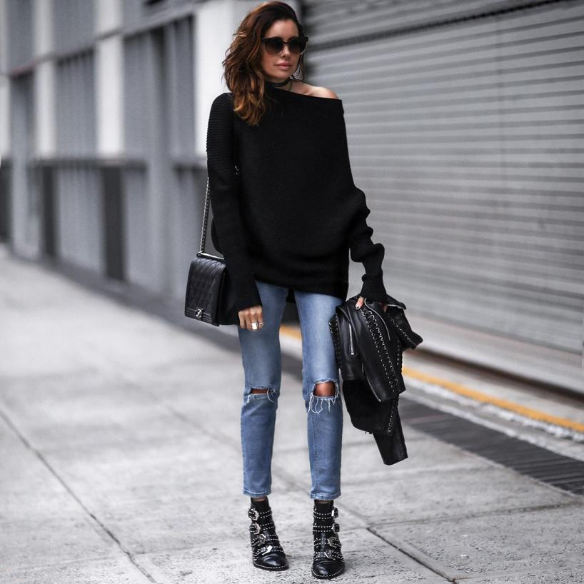 Givenchy Elegant Flat Black Leather Ankle Boots  8c0334b1a2de