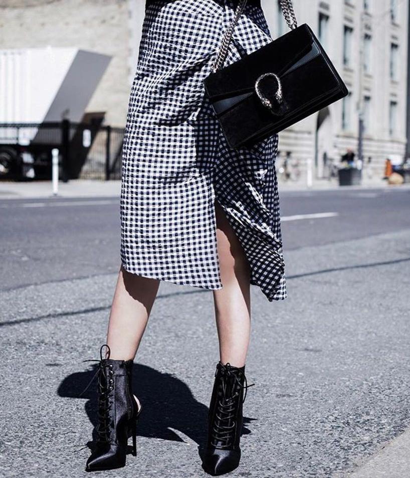 e4474d27902 Gucci Super Mini Dionysus Leather Shoulder Bag - Black