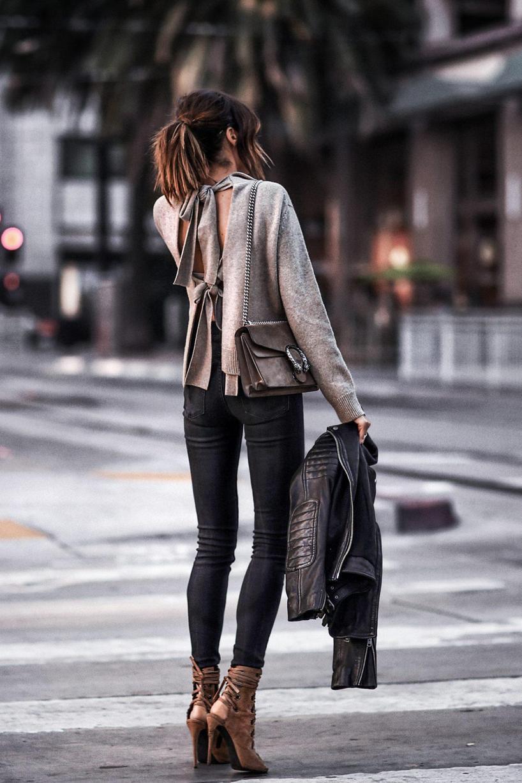 0c2b1d8a8483 Gucci Dionysus Small Shoulder Bag In Neutrals   ModeSens