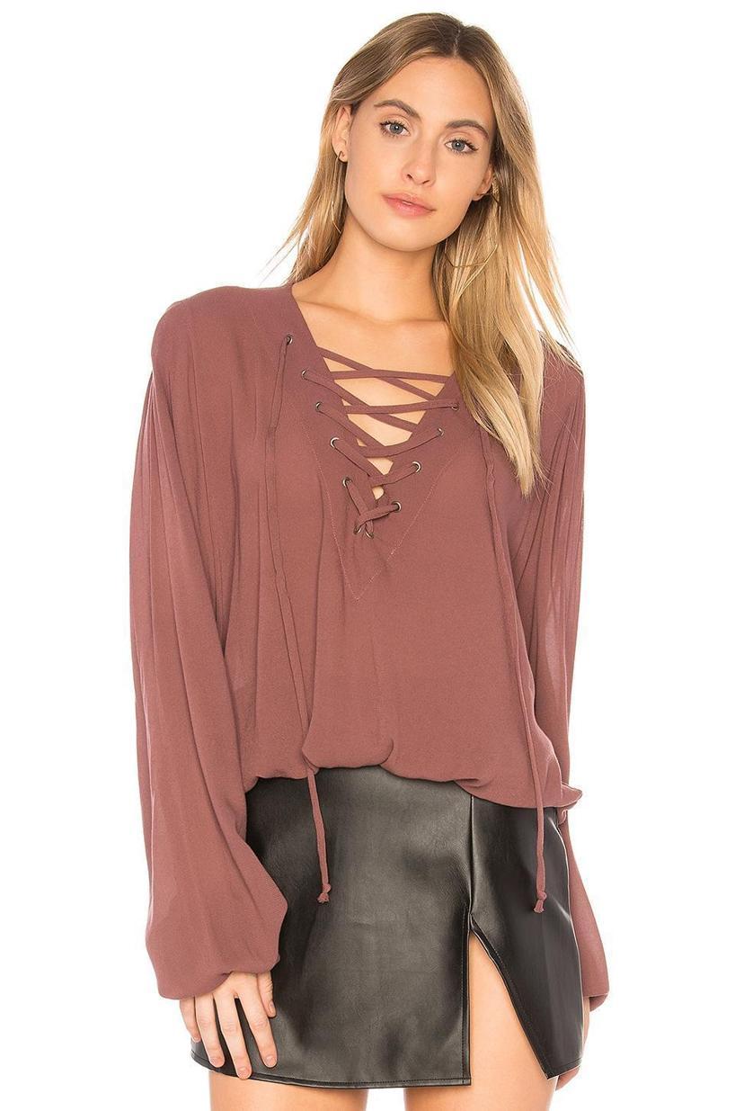 b05159f101 Motel Wren Mini Skirt In Black | ModeSens