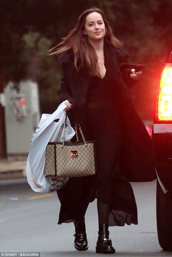 25f268316522 Gucci Small Padlock Gg Supreme Shoulder Bag - Beige In Neutrals ...