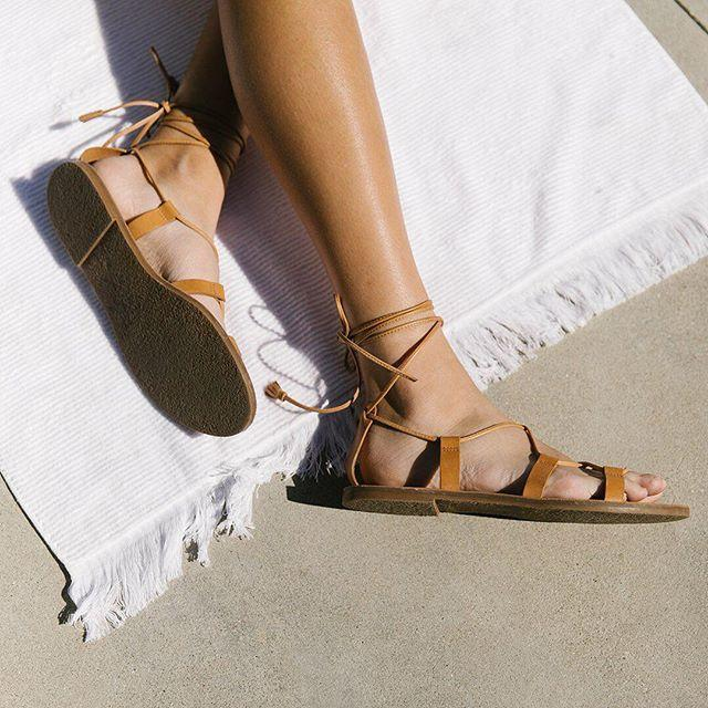 a30f7a576e59 Madewell Outstock Lace Up Sandals In Desert Camel