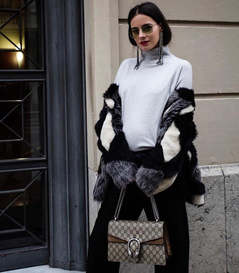 13789e5468872 Gucci Mini Dionysus Gg Supreme Shoulder Bag - Pink In Neutrals ...